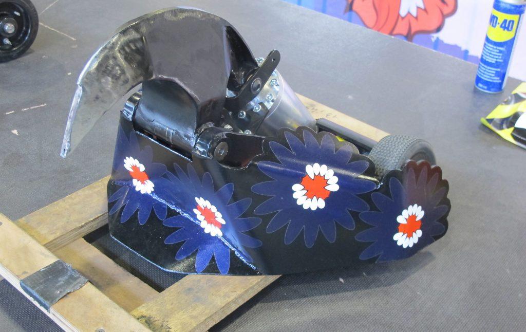 Robot Games - bloemenjurk