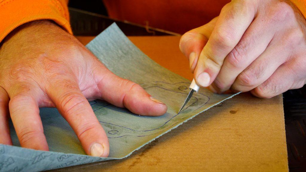 Uitsnijden pakkingmateriaal
